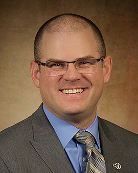 Eric Wiltrout, Community Bank President, East Bethel